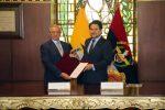 Ministerios de Defensa y OO.PP de Ecuador suscriben acuerdo para desarrollar al sector marítimo