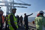 Futuros ingenieros civiles oceánicos de la Universidad de Valparaíso visitan Puerto de San Vicente