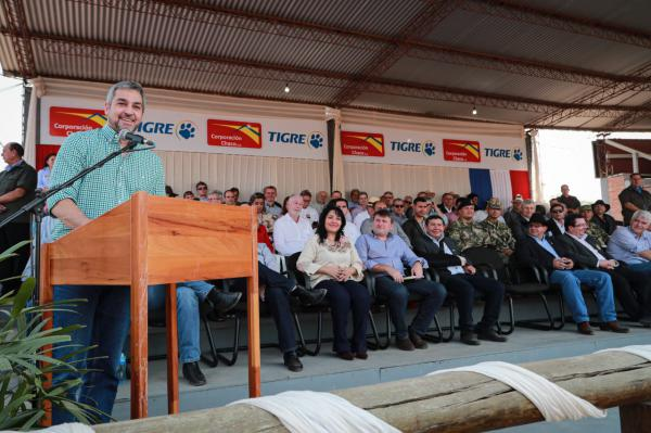 "Presidente de Paraguay cataloga al corredor bioceánico como un ""pequeño Canal de Panamá"""