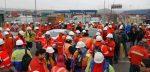 Trabajadores de Muellaje del Maipo realizan movilización en acceso a STI