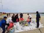 Círculo de Seguridad Bahía Antofagasta participa en retiro de 870 kilos de basura desde playas de la ciudad