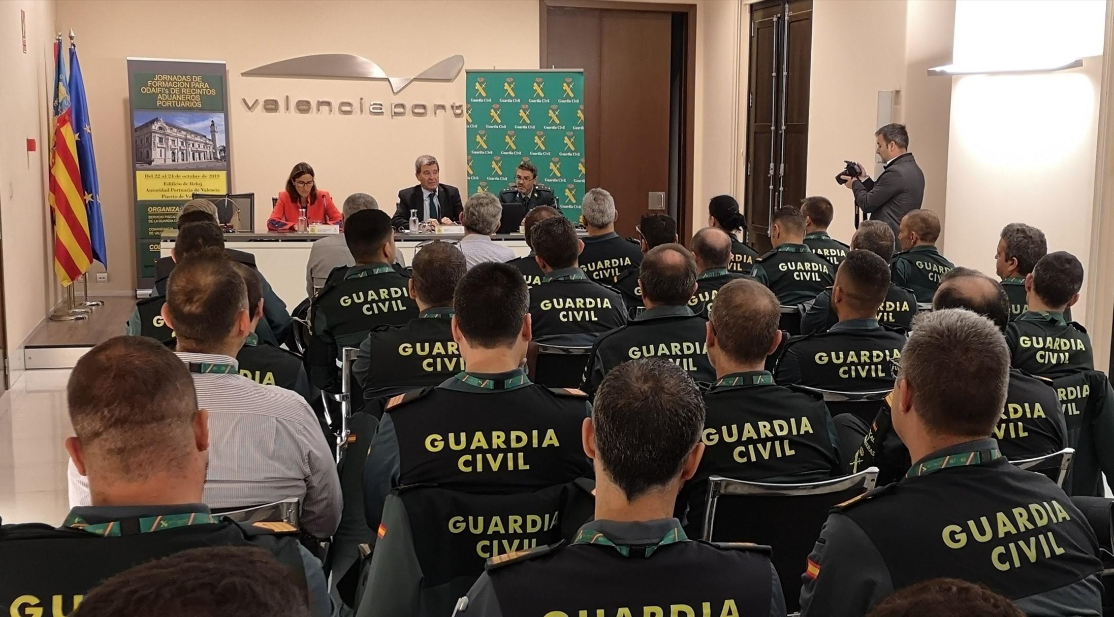 Aduanas: Puerto de Valencia exige criterios de control y supervisión idénticos en toda la UE