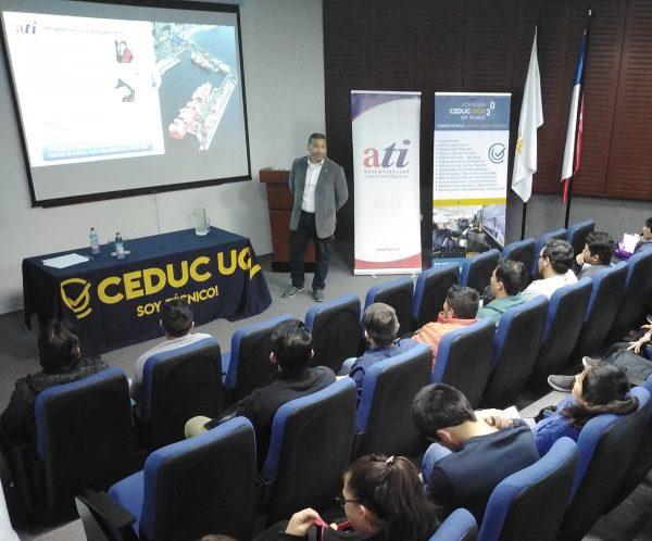 ATI realiza charla sobre logística portuaria a estudiantes de Ceduc