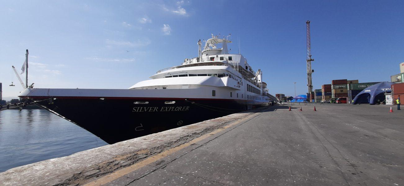 Puerto de Arica atiende recalada del Silver Explorer - PortalPortuario