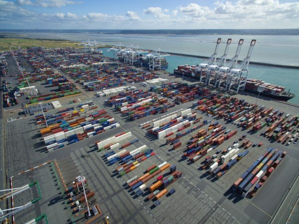 Gobierno francés anuncia plan de apoyo para empresas exportadoras