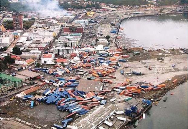 Puerto Talcahuano post terremoto 1