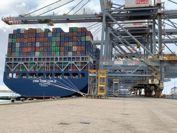 CMA CGM Chile realiza su primera escala en Rotterdam World Gateway