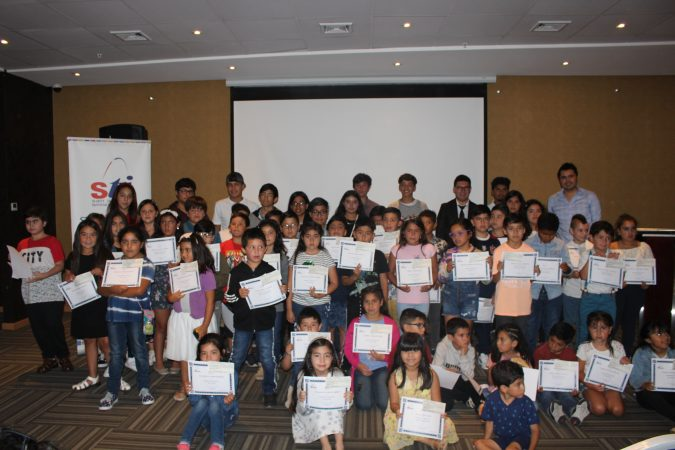 STI premia rendimiento escolar de hijos de trabajadores