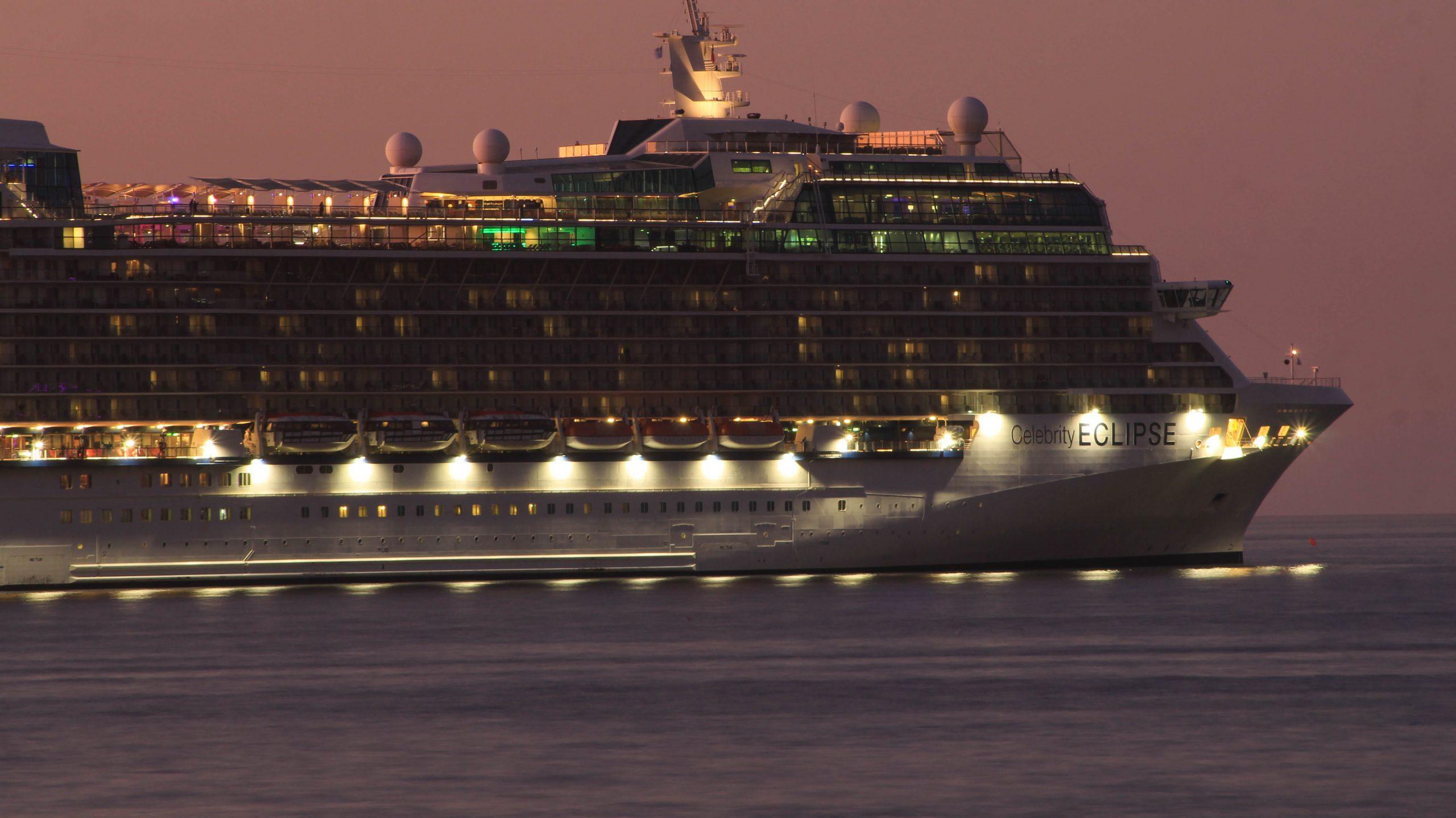 Covid-19: Chile mantiene prohibición de recalada de cruceros en todo el territorio