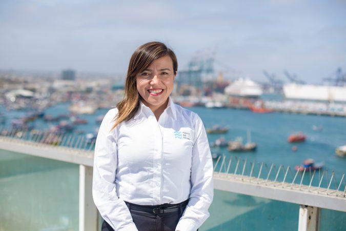 """Ingrid Núñez: """"Reconocimiento a las mujeres portuarias de Chile"""""""