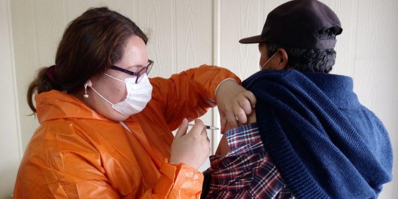 Puerto San Antonio vacuna a transportistas contra la influenza