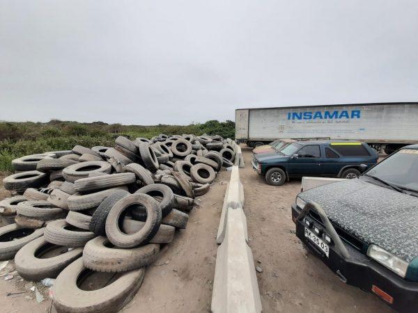 Puerto San Antonio apoya retiro de neumáticos en ex Parque DYR