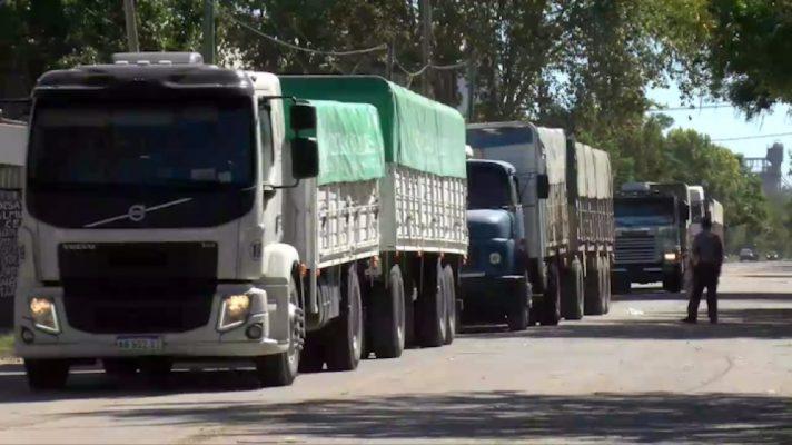 Argentina: Transporte de carga circulará con permiso único especial desde el miércoles