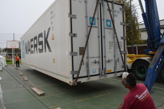 Empresas de Colsa facilitan contenedores refrigerados al Hospital Claudio Vicuña