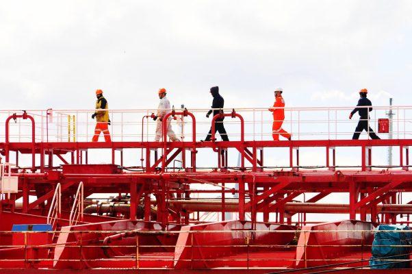 """OMI llama a Gobiernos a considerar a la gente de mar como """"trabajadores clave"""" durante crisis del Covid-19"""