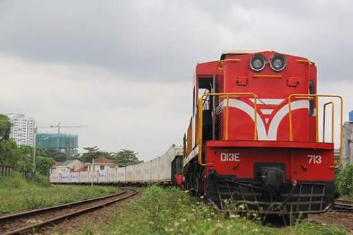 Vietnam envía 200 reefer de fruta a China a través del ferrocarril