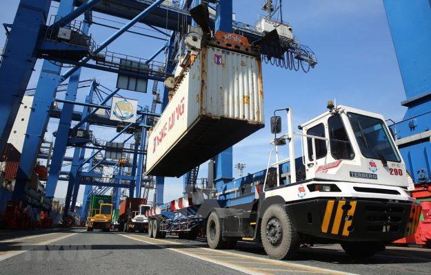 Vietnam sube de puesto en índice de logística de mercados emergentes 2021