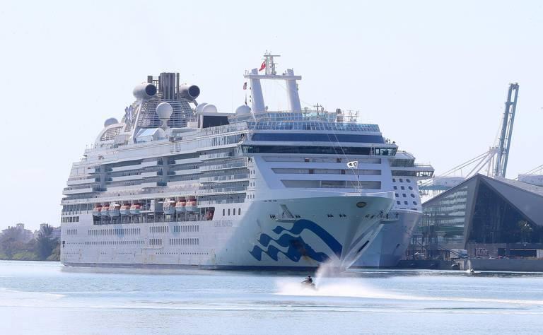 Mueren dos personas a bordo del crucero Coral Princess rumbo a Miami