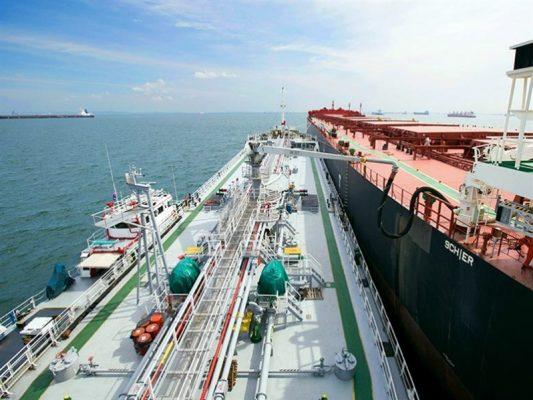 Precios de combustibles marinos aumentan entre 21% y 36% en mayo
