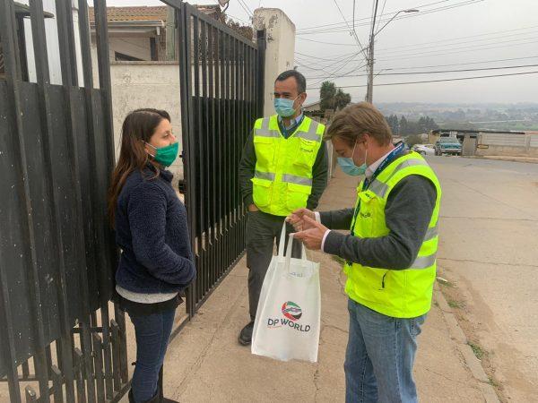DP World Chile entrega biokit para prevención de Covid-19 a familias de sus trabajadores de Lirquén y San Antonio