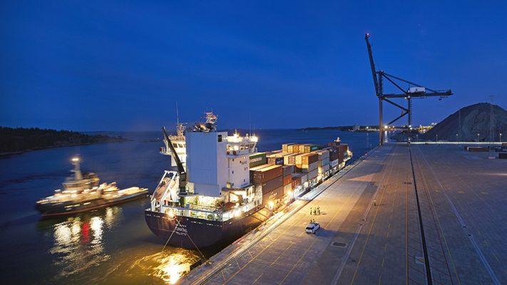 Suecia: Puerto de Estocolmo Norvik recibe su primer buque portacontenedores