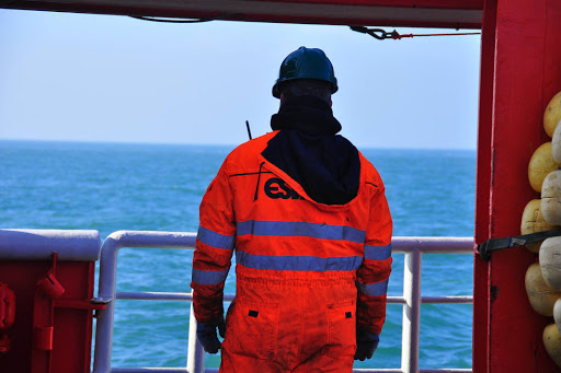 Industria naviera exige prioridad de vacunas contra Covid-19 para gente de mar
