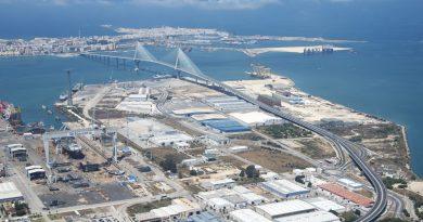 Puerto de Cádiz se presenta como alternativa para el comercio con Uruguay y Argentina