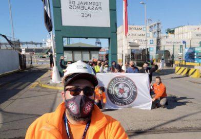 Galería: Portuarios paralizan desde Iquique a Punta Arenas para exigir retiro del 10% de los fondos de AFP