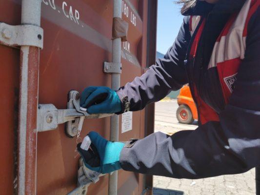 Aduanas fortalece fiscalización con nuevo modelo de sellos de seguridad para contenedores