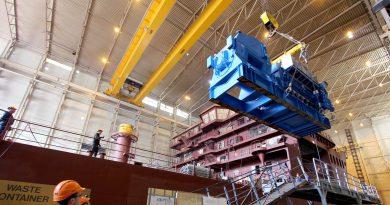 Ulstein instala equipo principal para el Nexans Aurora