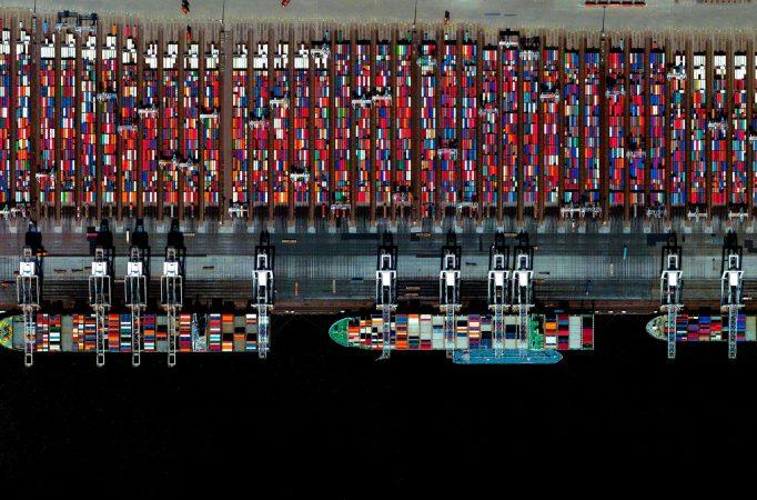 Puerto de Rotterdam consigue enfrentar crisis de Covid-19 gracias a ventajas existentes