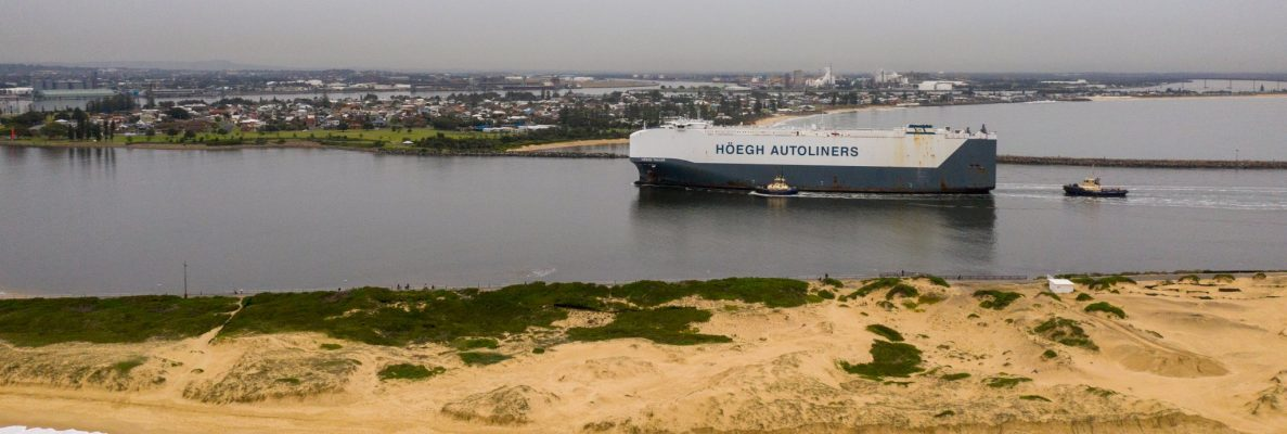 Australia: Buque PCTC más grande del mundo arriba al Puerto de Newcastle