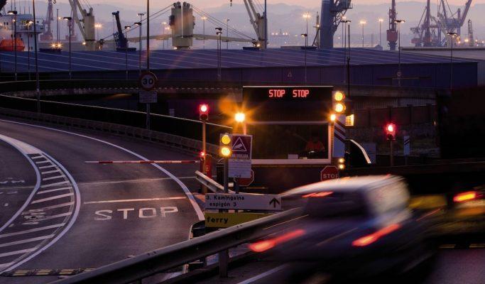 Puerto de Bilbao se apoya en inteligencia artificial para la identificación de transporte de contenedores