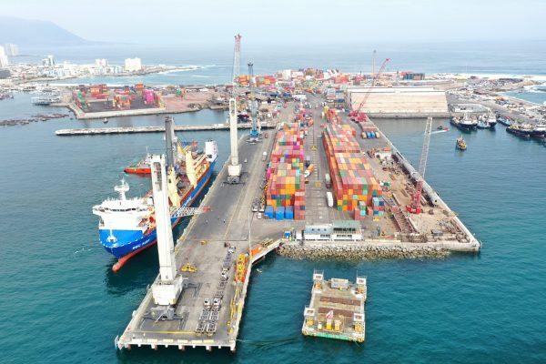 Iquique Terminal Internacional anota caída de 46% en contenedores movilizados durante agosto