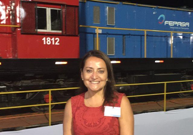 Paula Bunster: ¿Cómo desarrollar los trenes en armonía con las comunidades?