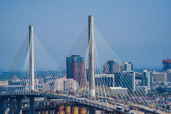 Puerto de Long Beach está próximo a inaugurar su nuevo puente colgante