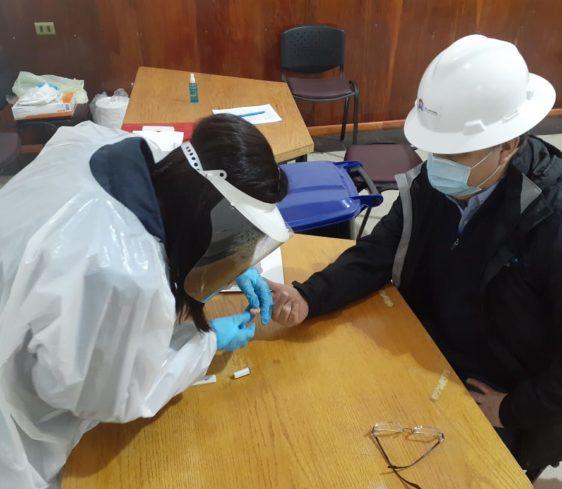 EPAustral ejecuta campaña de aplicación de test rápidos de Covid-19 a sus trabajadores