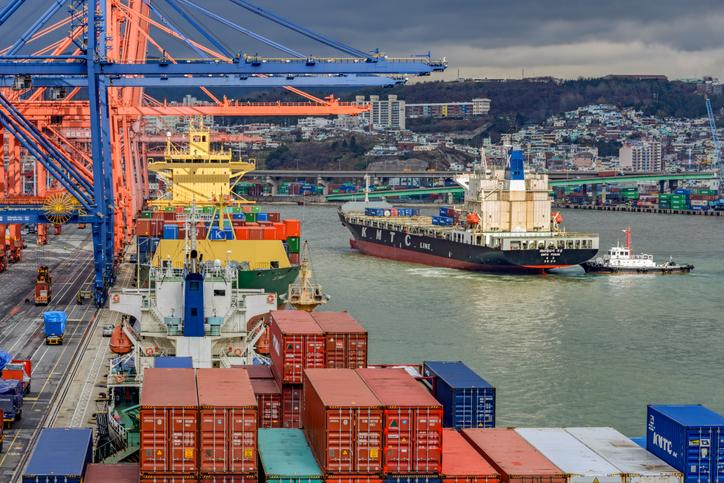 Puerto de Busan presenta sus planes para ampliar su manejo de contenedores a 32 millones de TEU