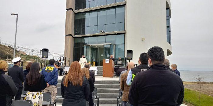Puerto San Antonio bendice su edificio corporativo tras conmemorar la primera misa realizada en Chile