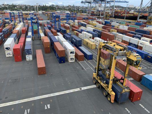 Puertos de Auckland busca aumentar su rendimiento actual con proyecto de automatización