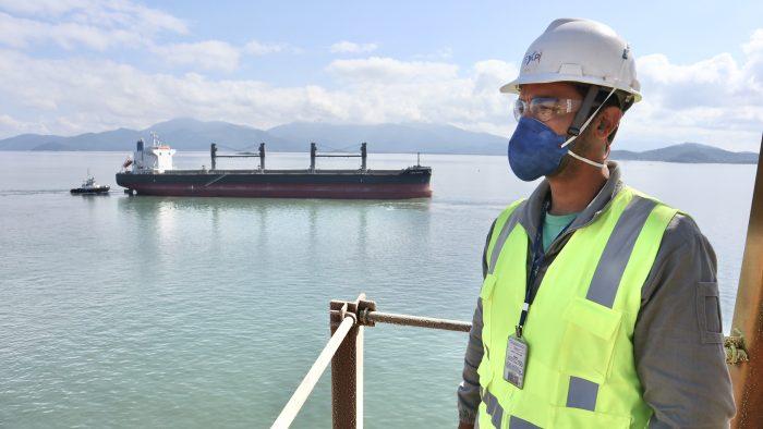 Brasil: Trabajadores portuarios son incluidos como grupo prioritario para recibir vacuna contra el Covid-19