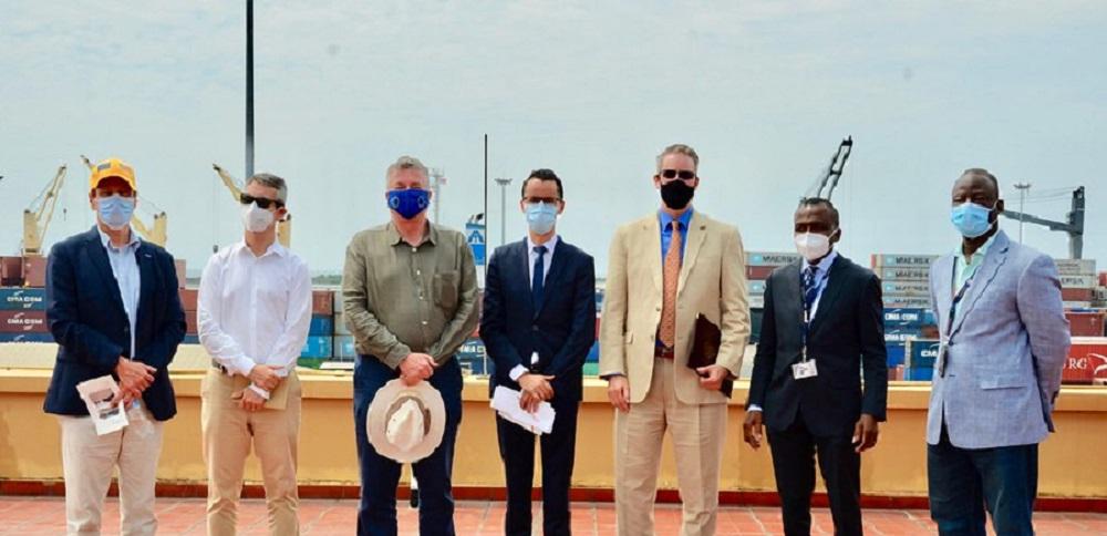Embajadores de Estados Unidos y UE visitan en terreno inversiones de APM Terminals Liberia
