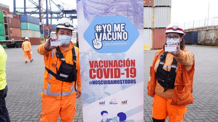 1.100 portuarios de San Antonio inician paro por falta de vacunas