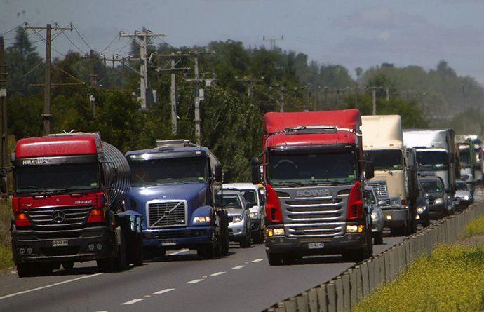 Resultado de imagen de Camioneros y Sofofa dialogan en coordinación logística para transitar por La Araucanía