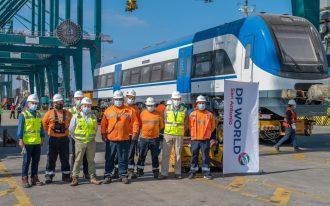Galería: DP World San Antonio descarga nuevos trenes de EFE
