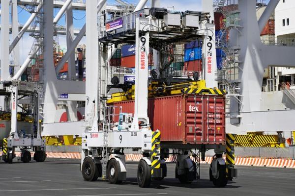 Australia: Victoria International Container Terminal compra seis AutoShuttles de Kalmar