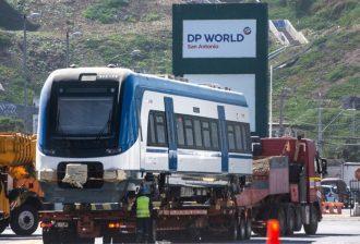 Imágenes: DP World San Antonio realiza descarga de 27 nuevos vagones para EFE