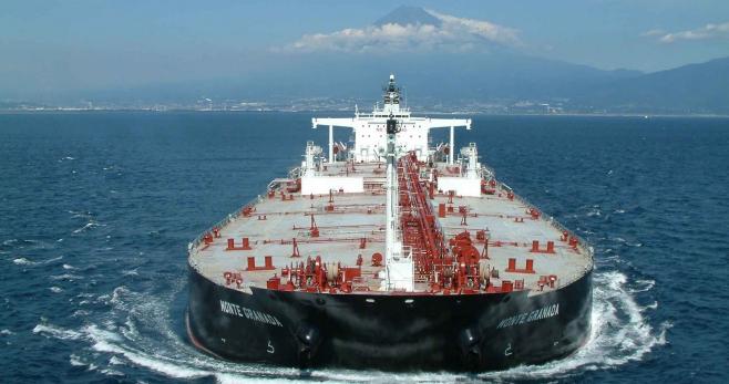 España: Importaciones petroleras caen en febrero