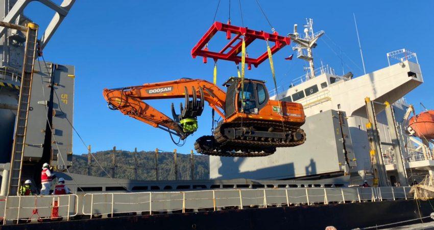 primer embarque troncos puerto montt (3)