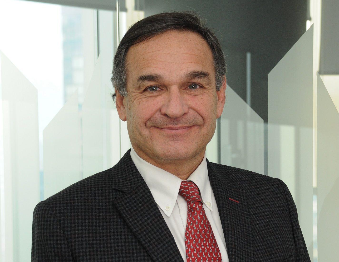 """Christian Hänel: """"Alza de fletes y dificultades en el transporte internacional y su impacto en la industria de la salud"""""""
